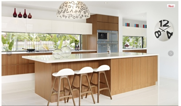 Dream Island with breakfast bar